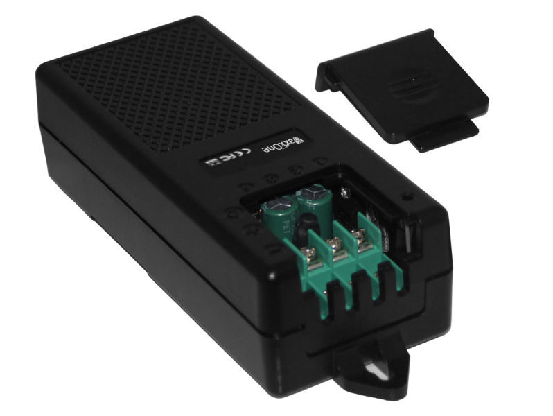 MAXXONE 12V 5A 4 Way PRO Power Supply